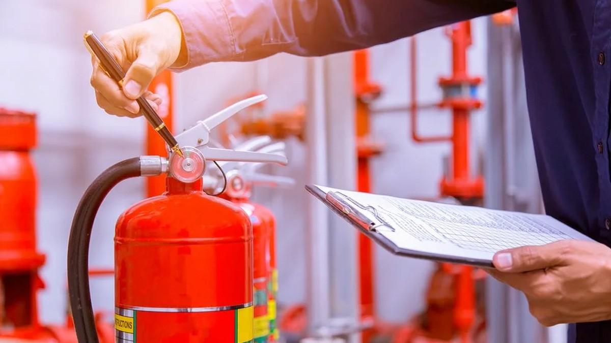 Обучение по программе пожарно-технического минимума (ПТМ)